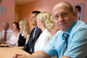 How to smoothly and fairly run an HOA or COA board meeting